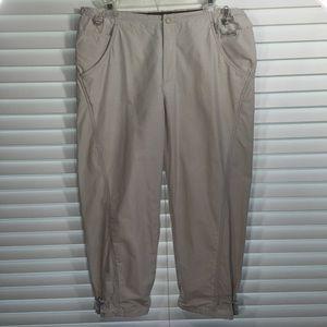 Columbia Tan Lined Capri Pant Size Medium